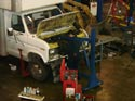 285_Ford_E350_truck_cubevan_new_V8_engine_removal_b