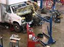 295_Ford_E350_truck_cubevan_V8_engine_removal11