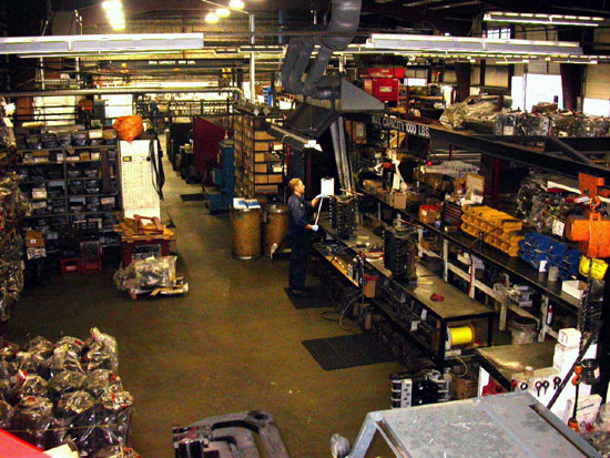 127_Canada_Engines_huge_machine_shop
