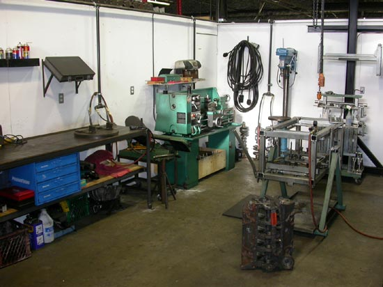 177_Canada_Engines_machine_shop_workstation